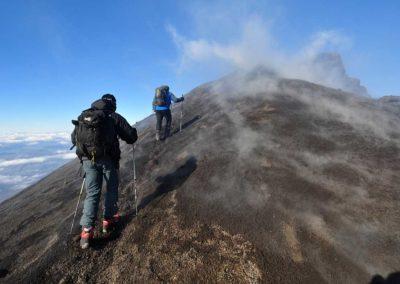 Etna, escursionisti sulla Bocca Nuova