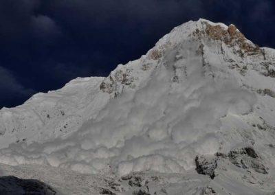 Valanga sull'Annapurna South