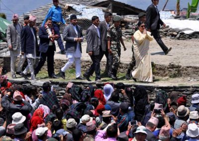 Barpak, il presidente Bidhya Bandari nel primo anniersario del terremoto